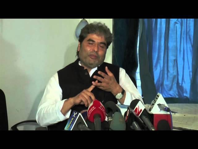 Vishal Bhardwaj Talks To Media About Haider's Victory At '62nd National Awards'