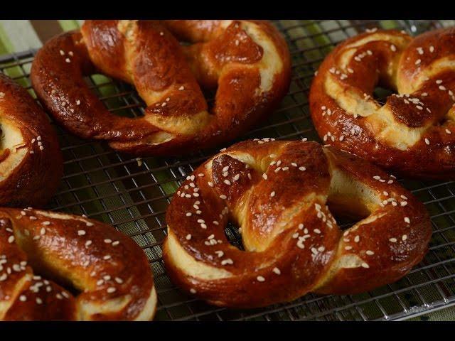 Homemade Pretzels Recipe Demonstration - Joyofbaking.com