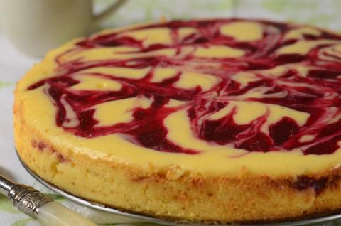 Cranberry Swirl Cheesecake Recipe Demonstration - Joyofbaking.com