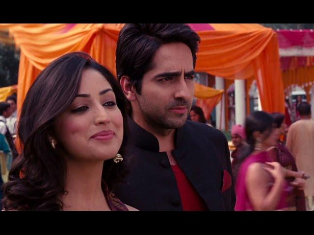 Who knows it better to woo a girl other than Ayushman Khurana