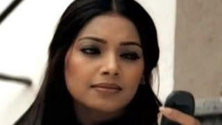 Kitna Pyara Hai Yeh Chehra - Raaz - Bipasha Basu&Dino Morea