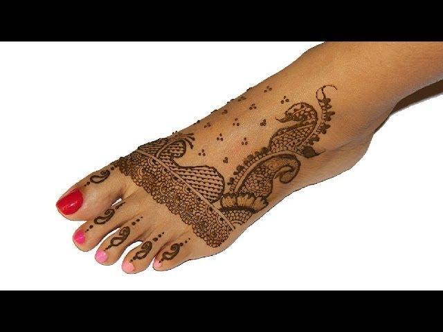 Simple Indian Pakistani Bridal Mehendi Henna Design For Foot
