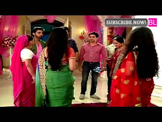 On location of serial Sasural Simar Ka