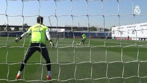 Real Madrid players carry out shooting drill as they prepare for Champions League final