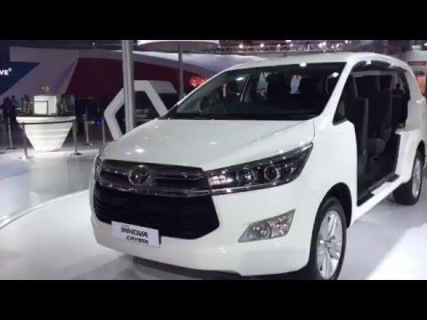 Toyota Innova Crysta in video: Delhi Auto Expo 2016