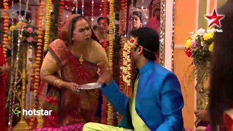 Mere Angne Mein - Visit hotstar.com for the full episode